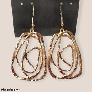 🔥2/$30🔥Artisan Relic Rose Gold Hoop Earring